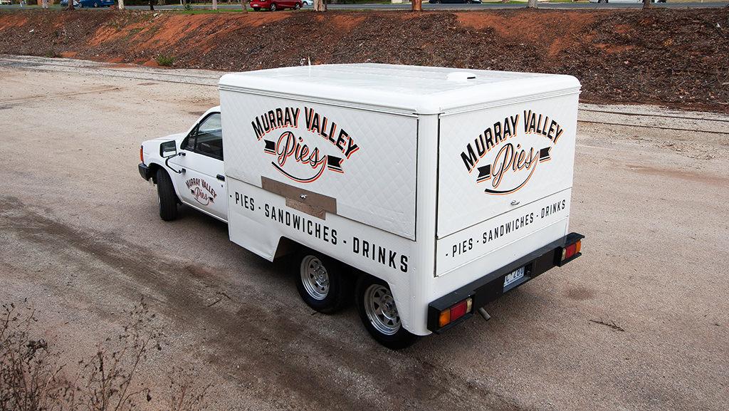 Meat pie vehicle