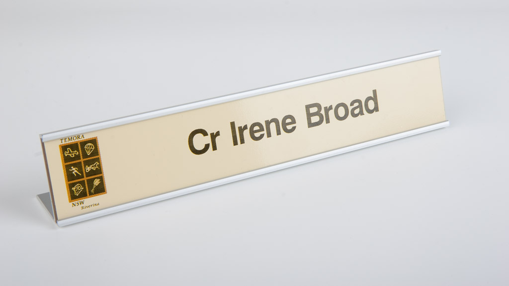 Custom desk plate. Digital printed cream background standard desk plate with logo.
