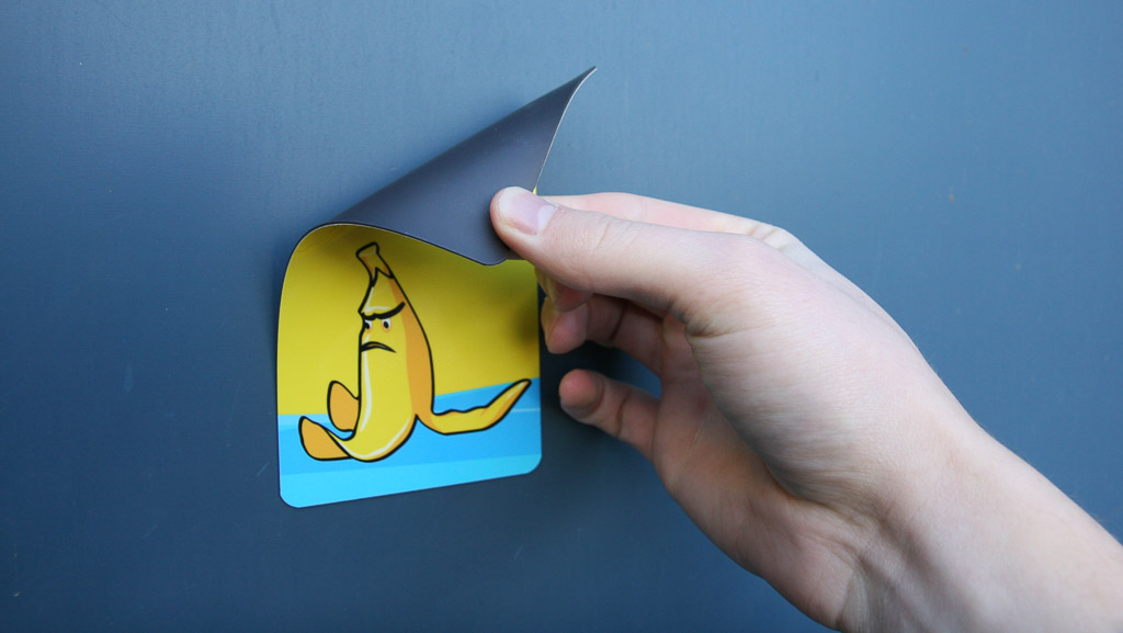 Fridge magnet with a grumpy bumby banana on it.