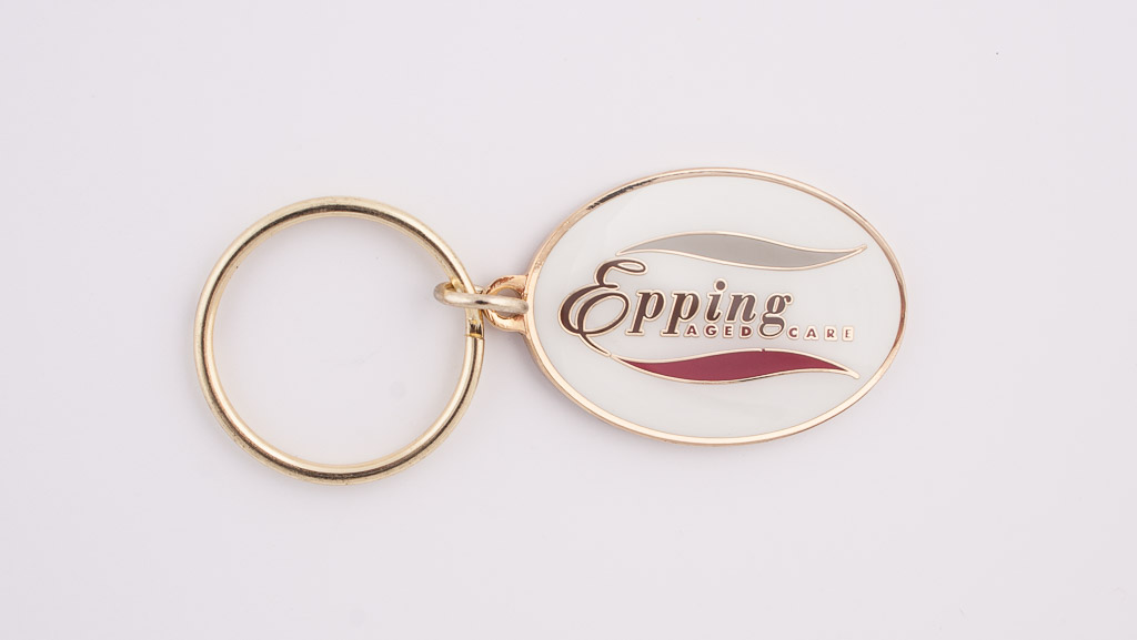 Classic metal key tag in gold.