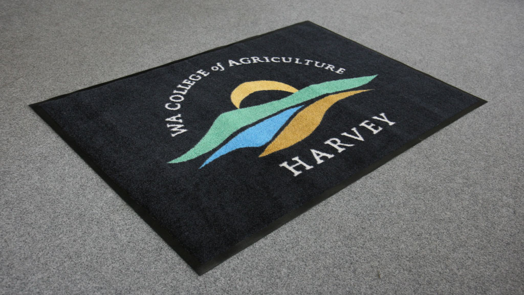 WA College of Agriculture Logo Mat